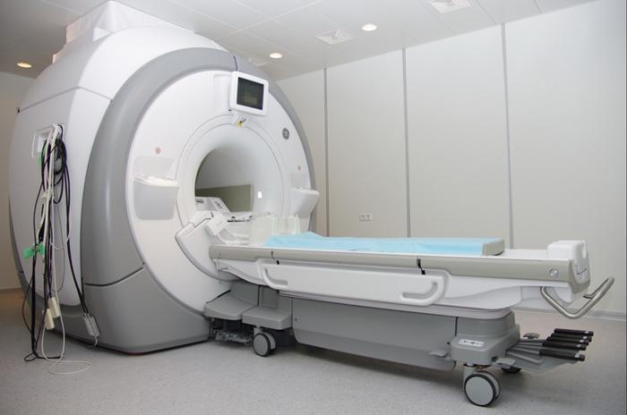 Где лучше делать МРТ в Волгограде? akademicheskaya_mrt