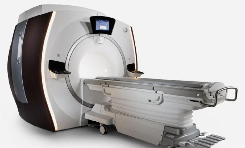 МРТ томограф в минском РНПЦ неврологии и нейрохирургии