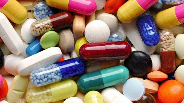 Нередко длительный прием лекарств (особенно анальгетиков) становится причиной эрозивного гастрита