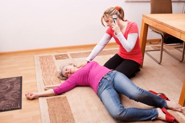 Коллапс и остановка дыхания при передозировке снотворным