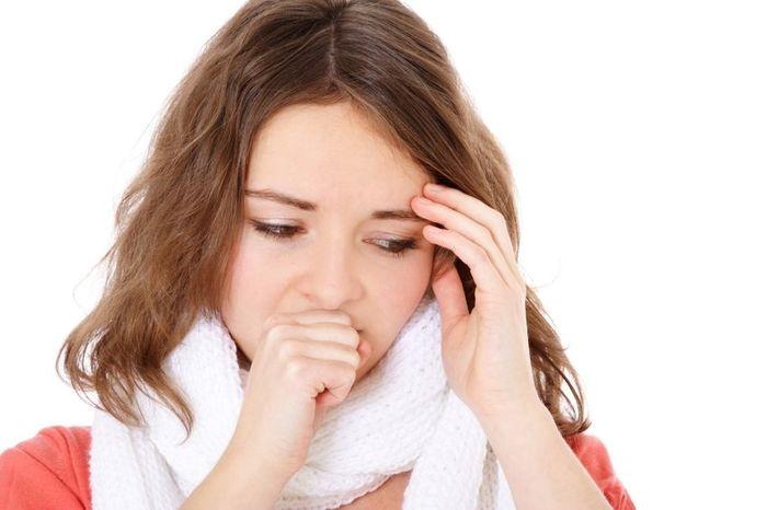 Кашель при простуде у женщин
