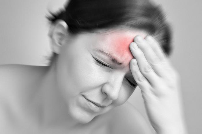 При незначительном превышении дозы нитроглицерина возможны сильные головные боли