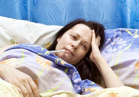 Лихорадка и общая слабость — один из симптомов гименолепидоза