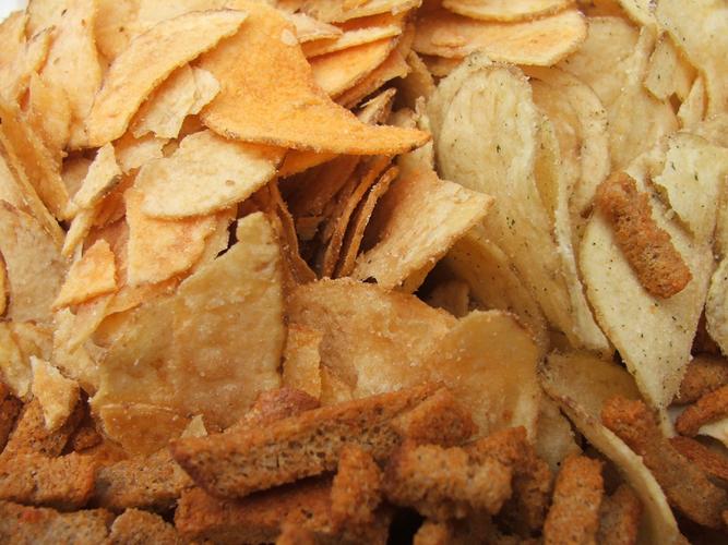 Чипсы и сухарики рекомендуется есть не чаще 2 раз в неделю