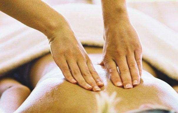 К консервативным методам лечения сколиоза относится и массаж