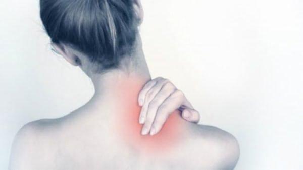 Мази от остеохондроза крайне эффективны в борьбе с болью и воспалением